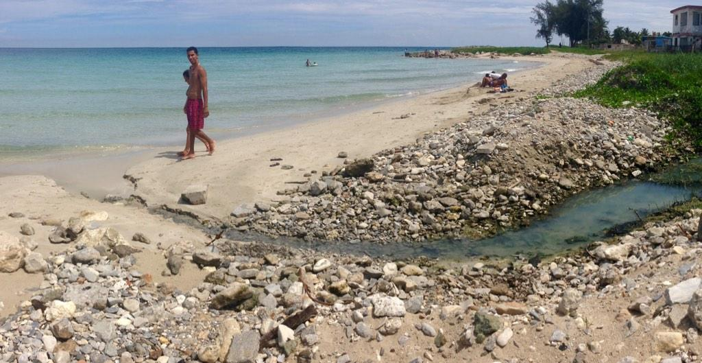 La Cuba 'cruda' de Yusnaby BxxAYdRCYAAcUiK