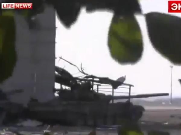 """Утром террористы вновь атаковали аэропорт Донецка, используя танки и """"Грады"""", - пресс-центр АТО - Цензор.НЕТ 944"""