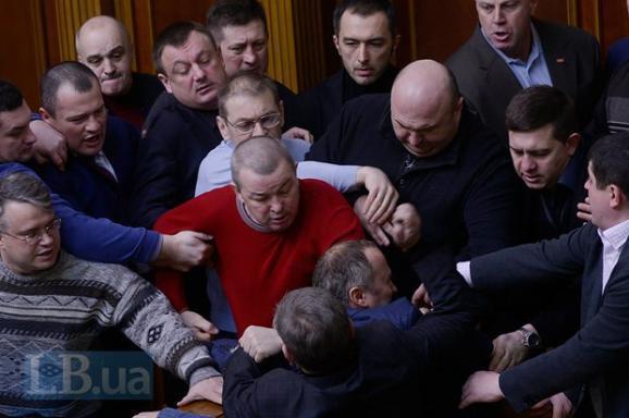 Шуфрич - профессиональный провокатор. Сложилось впечатление, что все было продумано заранее, - глава Одесской ОГА об избиении нардепа - Цензор.НЕТ 8789