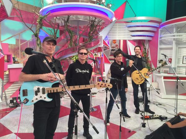 Here we are in Japan's biggest morning TV show: http://t.co/UOazG8dojX
