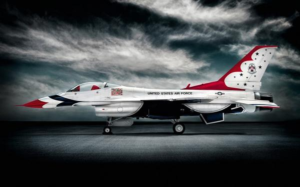 Heading to SD with the hope of doing a photoshoot of a @BlueAngels jet to round out the collection. http://t.co/8ofXlFkyyw