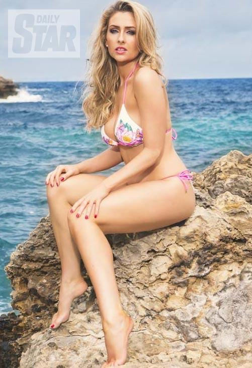 RT @DStarPics: You won't see them anywhere else! @gemmamerna releases her 2015 calendar pictures #Hollyoaks   http://t.co/RLc0R5x9Rg http:/…
