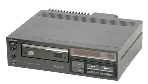 It was 32 years ago today: Japan releases the first ever CD & CD player http://t.co/7J7YvqfZVK http://t.co/RA9iJWmlJj