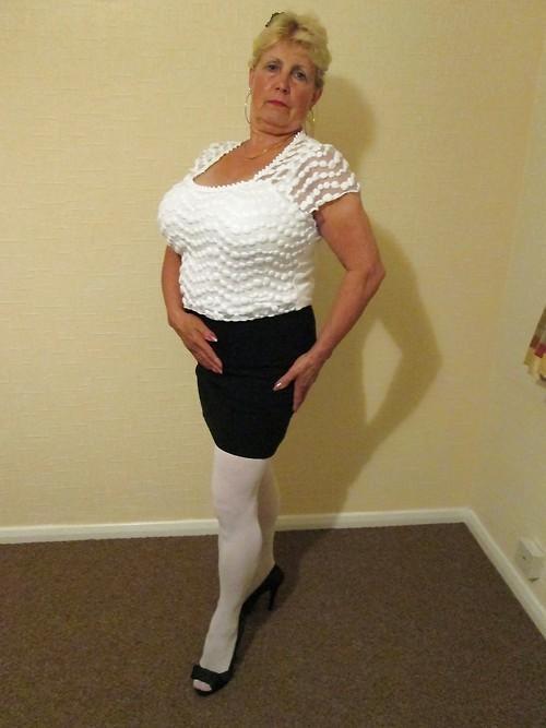 Horny Granny Pics on Twitter: #milf #maturepussy #