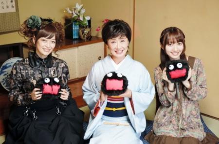 ラスボス幸子・畑亜貴・遠藤ゆりかの三姉妹が織りなす華麗なる「ボカロ生活」の始まりです。 http://t.co/OgxWltdIPX http://t.co/0ZGRHPsct1