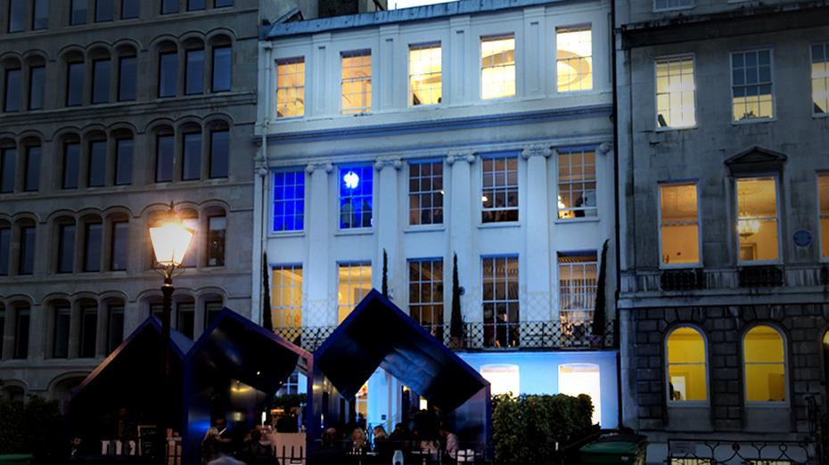 We're counting down to #TheHouseofPeroni's launch party tonight! For updates follow @peroniuk. http://t.co/kZ14uvS3dg http://t.co/qYAELOfqDk