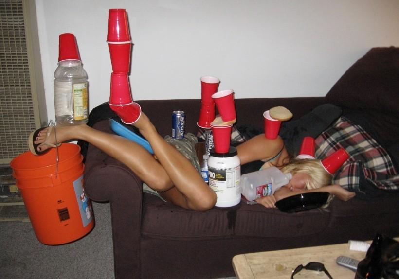 Прикольные картинки после пьянки 8 марта, днем