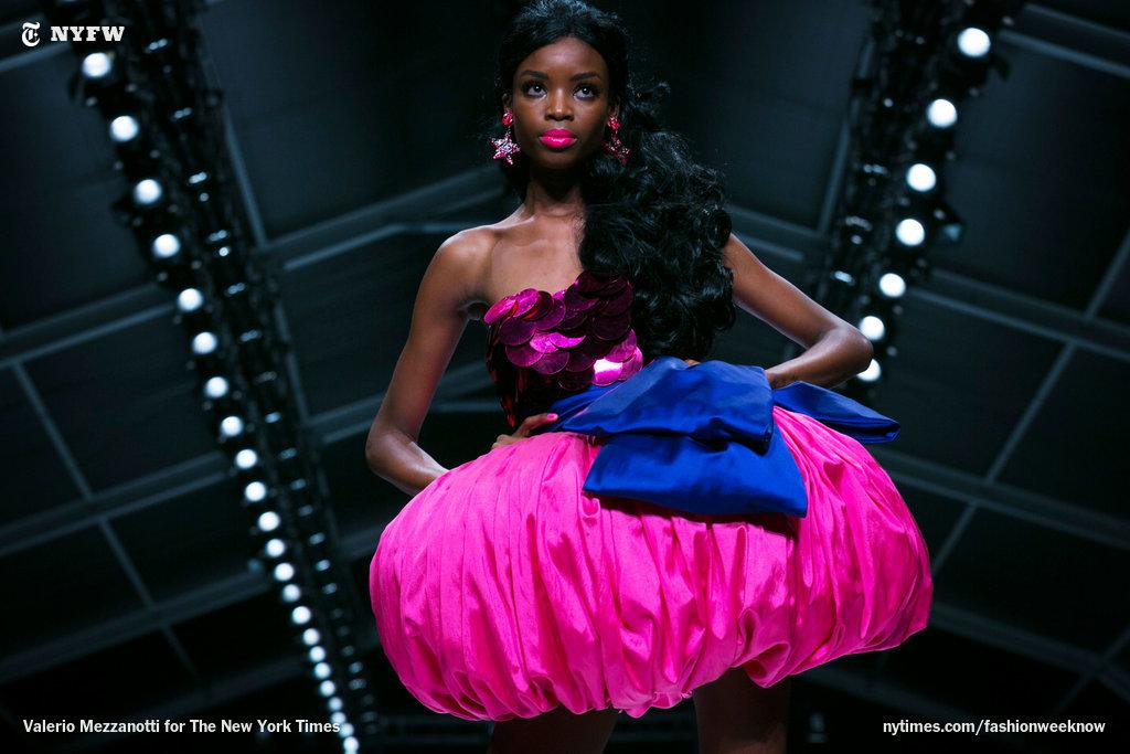 Beautiful and functional: a pin-cushion-like dress at Moschino http://t.co/vOz4L5AmXK http://t.co/hP8AwFF7pd