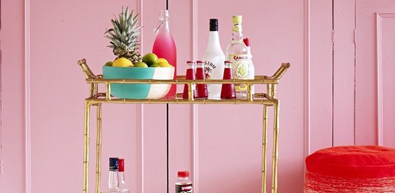 The formula for building the perfect bar cart for your home - found! http://t.co/eyxUDvRMKg http://t.co/Yq4jcch9tT