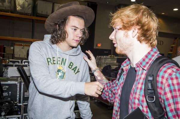 Spotted a serious #bromance backstage! @harry_styles @edsheeran #iHeartRadio #onedirection #edsheeran #sheerios #1D http://t.co/gzYNN4mTzf