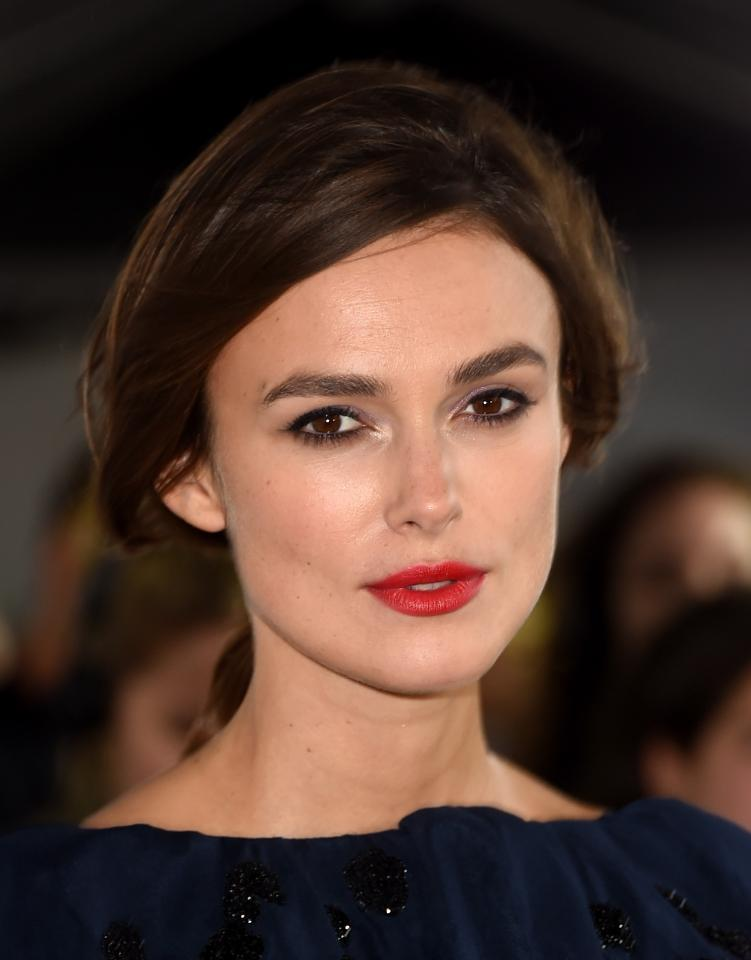 Keira Knightley magically transforms a wardrobe malfunction into a totally glamorous moment: http://t.co/qBtexu6rnt http://t.co/dR5gXD191g