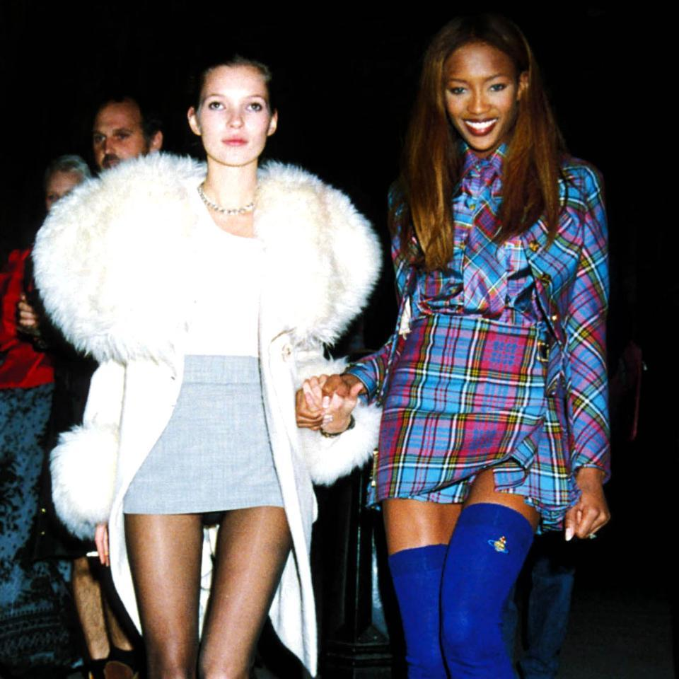 20 INCREDIBLE photos from fashion parties in the '90s: http://t.co/Q4lt20EQyK http://t.co/v1vlsQZdfW
