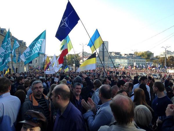 """Российская полиция и """"титушки"""" сорвали проведение Марша мира в Новосибирске: """"Путин жаждет смерти и горя"""" - Цензор.НЕТ 2462"""