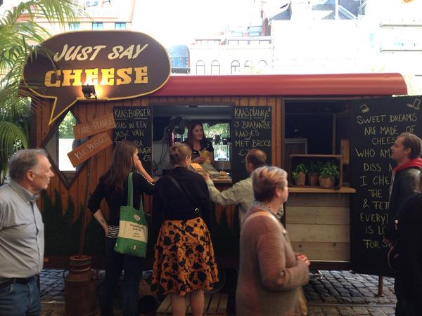 Loving the Antwerp Food Truck Festival, for obvious reasons #sharp14 #cheese http://t.co/0AW6zg2TjS