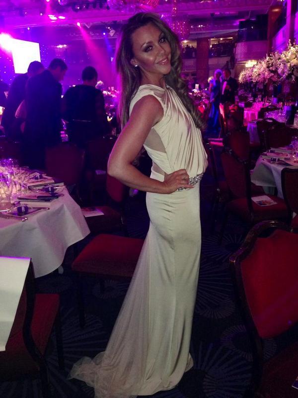 Not long till we reach 8500 and 1 random winner will win dress as worn by @wonderwomanshel  RT & follow 4 chance x http://t.co/uhHXBH6fH7