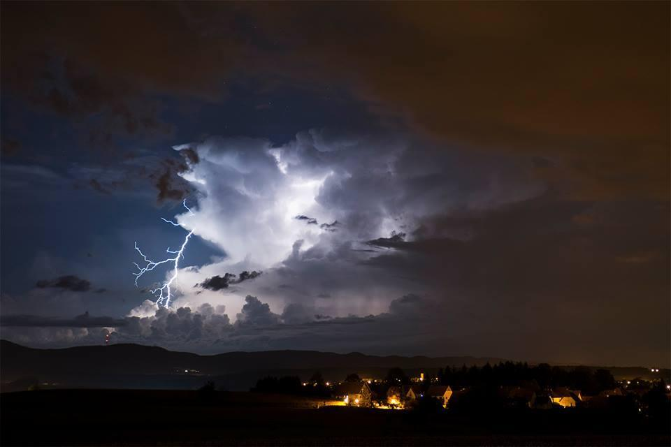 Distant positive CG lightning from Hohwiller, Alsace, over Germany by Guillaume Scheib