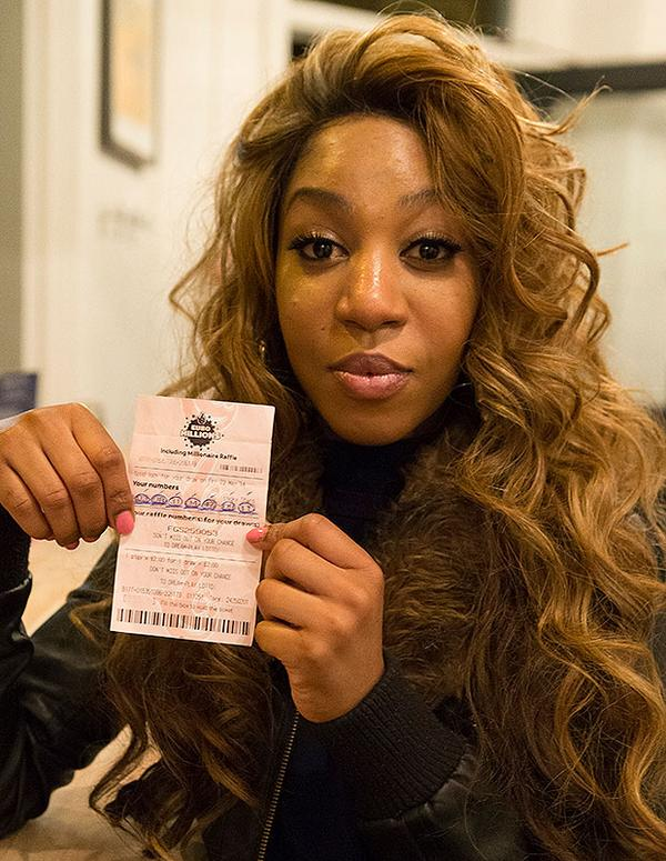 X Factor contestant tried to claim a £48.1million lottery prize - after gluing the numbers on: http://t.co/XBFDbQIolM http://t.co/3LTqQrmBwF