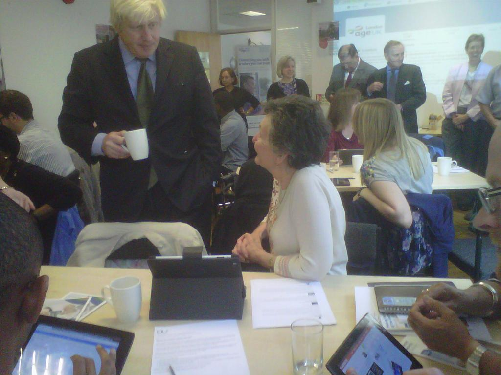 Great visit @ageuklondon 'techy tea party' to help older Londoners get online - charity would welcome more volunteers http://t.co/7PaGHtgYbF
