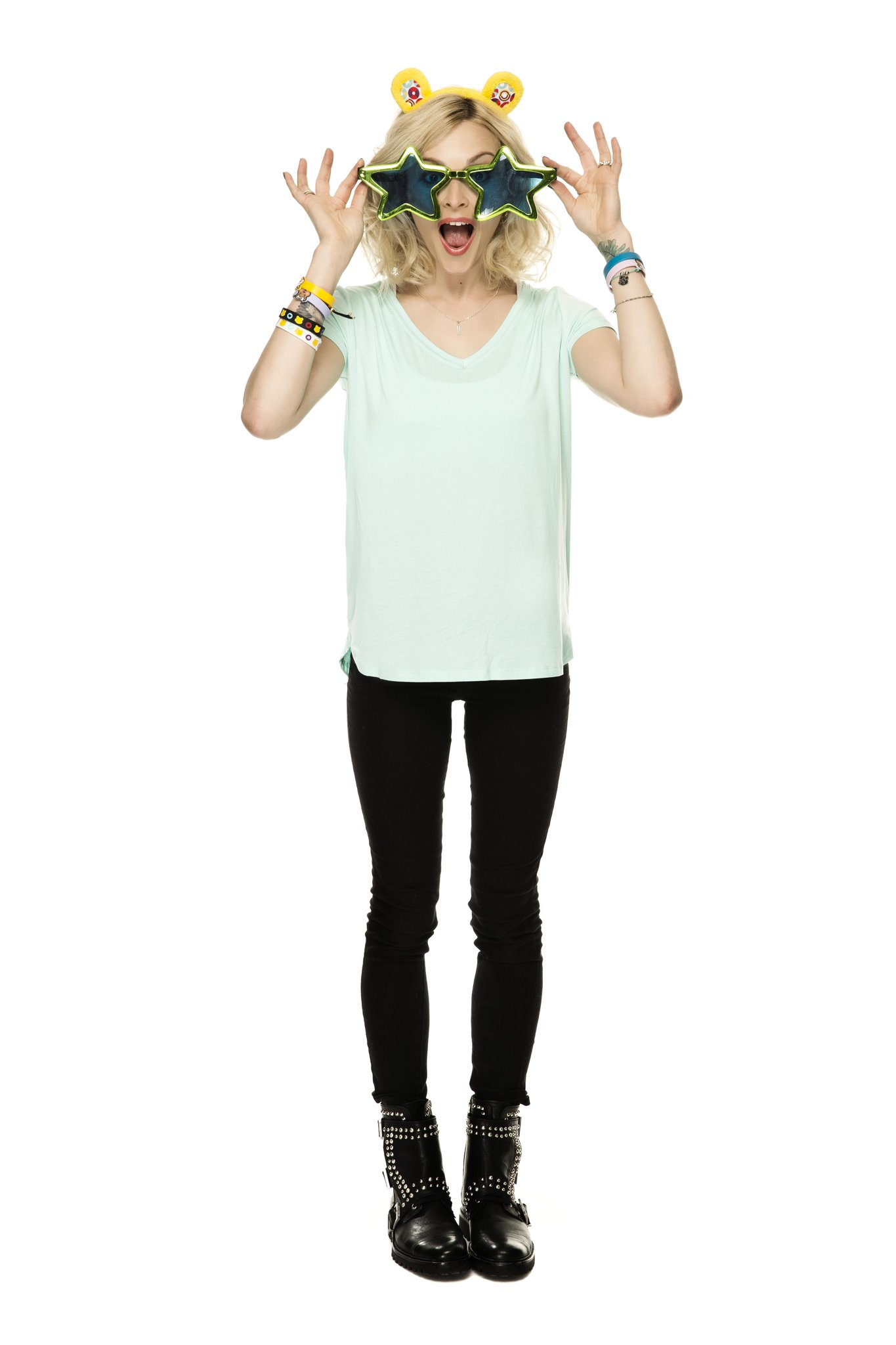 RT @BBCCiN: Get your fancy dress on with @Fearnecotton #BeAHero & get involved at http://t.co/2G4TFp9p2Q http://t.co/NgoP2ocYPy
