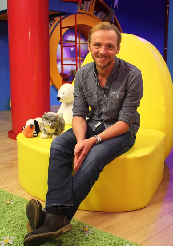 We've another brand new bedtime story tonight - the incomparable @simonpegg reads Cheer Up Teddy Bear at 6.50pm! http://t.co/MOPkRJ7Xf9