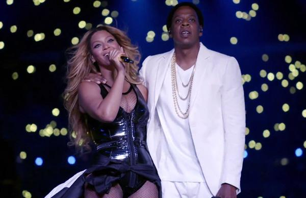 Watch Beyonce Jay Halo Watch Beyonce Jay Perform Halo Ontherunhbo Special Rap Up Scoopnest