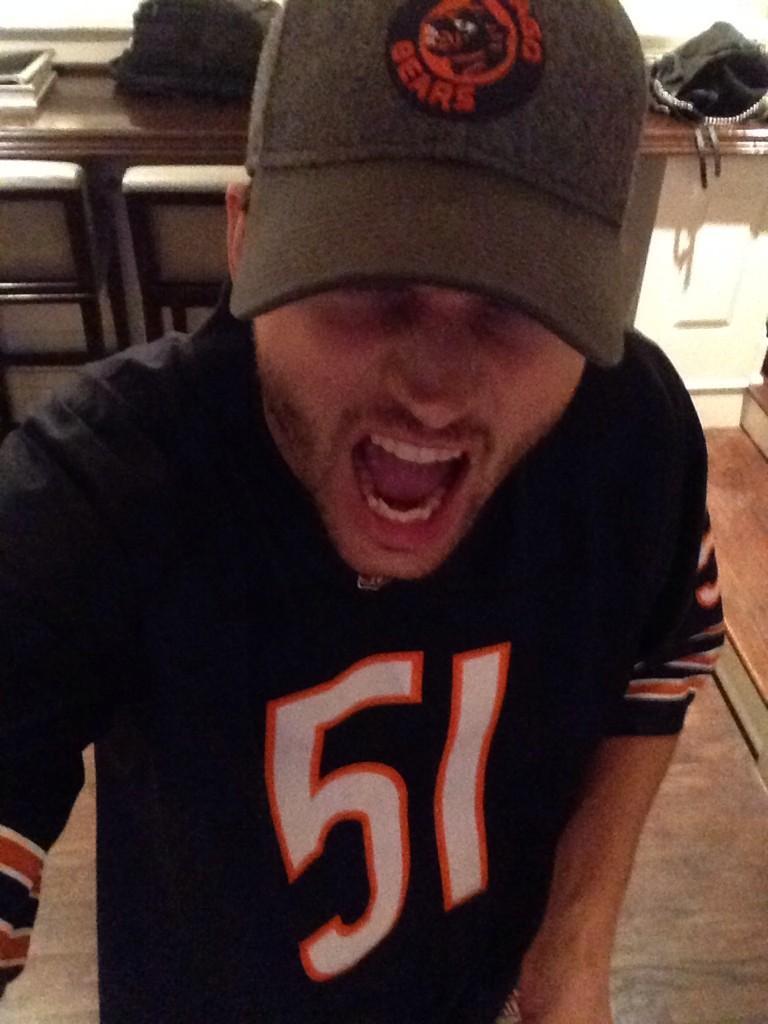 #Beardown @garyvee http://t.co/VM4bl9LO3W
