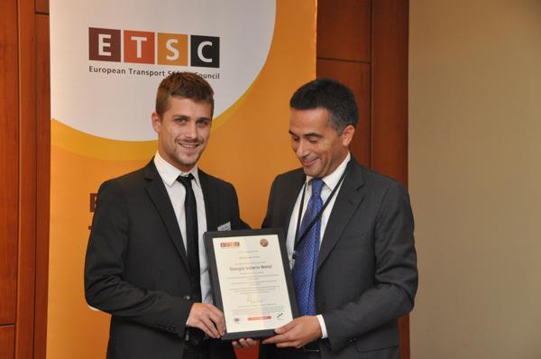 Due studenti in ingegneria premiati al #BikePal award di @ETSC_EU http://t.co/8u30p5ZT5r http://t.co/hdBz5lLwMi