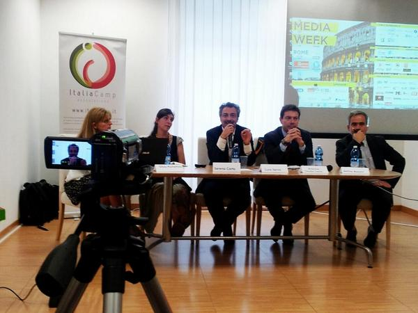 #ICT4D, nuove tecnologie per lo sviluppo @SMWRME @pochetsi @SerenaCarta @LucaServo @AttilioAscani @ItaliaCamp #SMWRME http://t.co/IY3NXSOln8