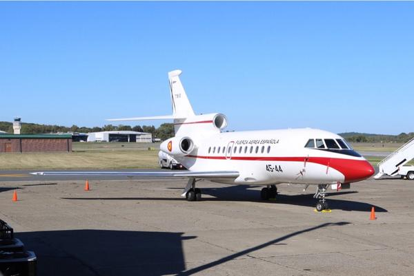 Spain brought a couple planes to #UNWeek this year: an A310 and a Falcon 900 #UNGA14 #AvGeek @NYCAviation http://t.co/2i03BTf4zE
