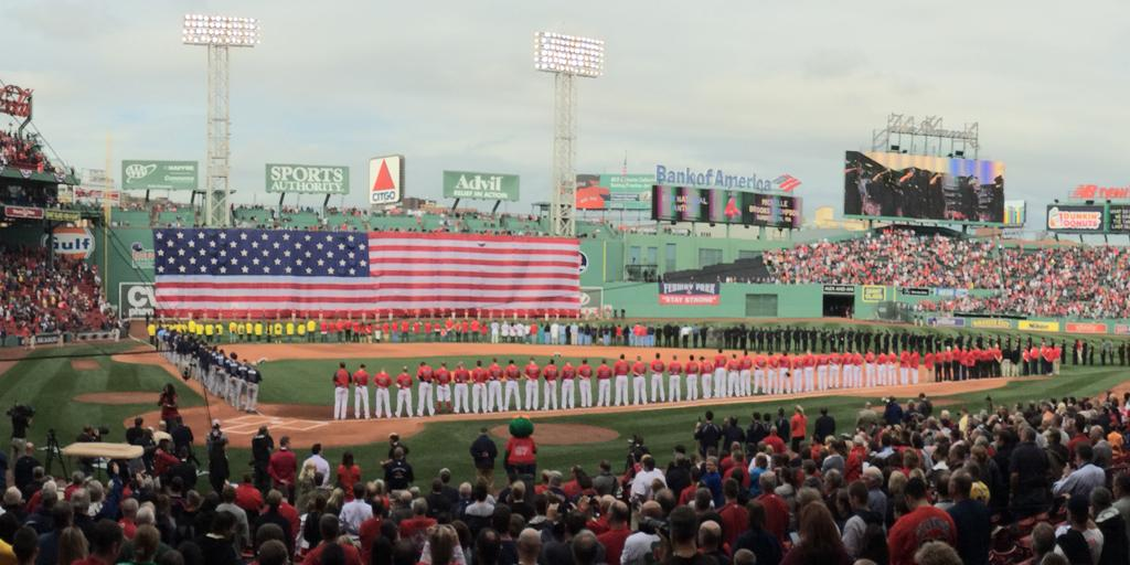 RT @RedSox: The #RedSox and @BofA_Community thank our service members and veterans. Use #troopthanks to show your appreciation. http://t.co…