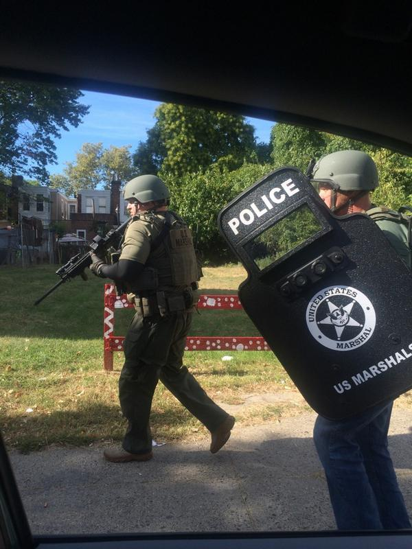 Breaking:US Marshals and police just busted down the door of suspect of yesterday's murder of 15 y/o. http://t.co/6qpwCz3K8f