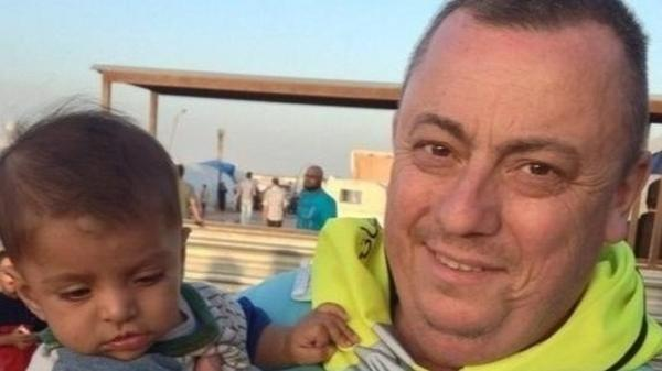 Wife of British hostage Alan Henning says she has received audio of him pleading for his life http://t.co/KG9qI96pDg http://t.co/gRXHaK636M