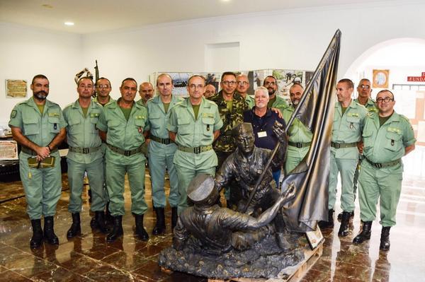La Legión On Twitter Replica De Estatua Del 4º Tercio En Villa Cisneros Sahara Español Inaugurada En El Museo De La Legión Viator Http T Co I4yyrjdalg
