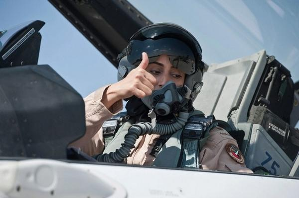 Confirmed: 1st Female pilot for UAE was their team leader in the Syria strikes Monday night -Major Mariam Al Mansouri http://t.co/4Y3FW9WFBr