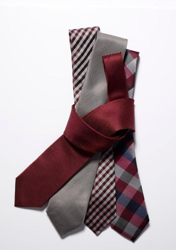 Tweet #EsquireMensWearhouse for a chance to win 3 ties and 3 shirts from @menswearhouse  http://t.co/sX6zM8Mv5c http://t.co/tMufaVvd5z