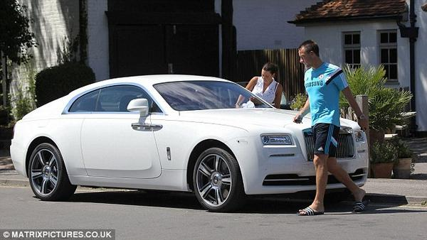 Captains Amp Their Cars John Terry Edges Wayne Rooney In