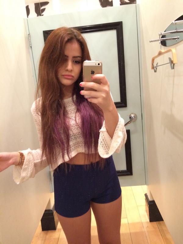 shots Selfie dressing room