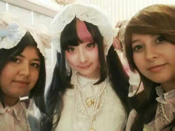 With @RinRin_Doll and @bellabluek http://t.co/I6Rs0TMf1f