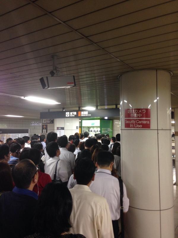 【名古屋の方へ】東山線がダメなら、桜通線を使えばいいじゃん!その安直な考えは危険です。二駅くらいなら歩いた方が快適です。これを見てください。 pic.twitter.com/GlxEJgODgL