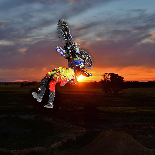 "Straight up SICK photo!! ""@rockstarenergy: Riding into the sunset #RockstarStyle. #FMX @jackostrong http://t.co/OhaXEhBdDu"""