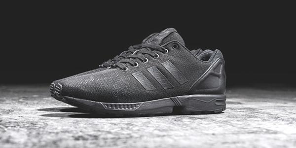 adidas originals zx flux triple black