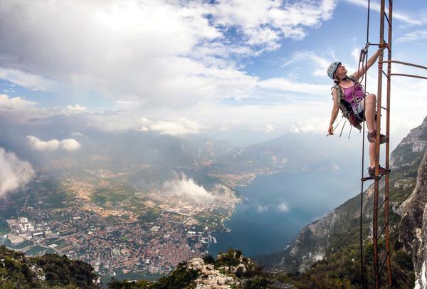 Klettersteig Riva Del Garda : Cima sat m klettersteig via dell amicizia gardasee italien
