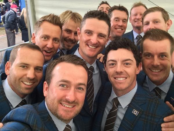 Pre opening ceremony selfie!! #EUROPE http://t.co/RsaW1iETOi