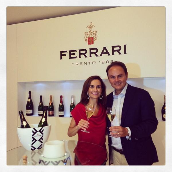 Meet Matteo Lunelli CEO @ferraritrento He's got a bottle of bubbly for most RT's! HELP :D #FerrariTrento #wine #RT http://t.co/XveWOX2pId