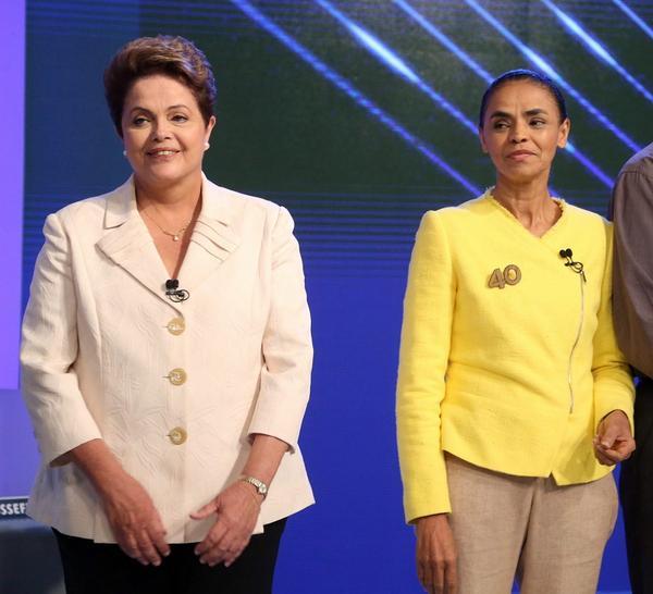 Plateia ri quando @Dilmabr afirma que inflação está sob controle. http://t.co/b3RVwHfkis #DebateNaGlobo http://t.co/23hDPk96Bt