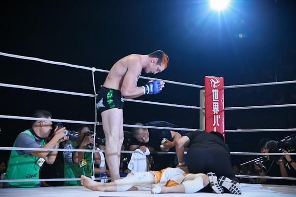 """Jason Mayhem Miller on Twitter: """"#throwbackthursday THE FIRST MAN TO SUBMIT THE 'GRACIE KILLER.' http://t.co/Oxz0aRFHti"""""""