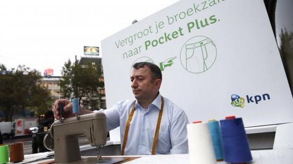 Briljant! @KPN kleermaker vergroot je broekzak voor IPhone 6 Plus. In de roos als je het mij vraagt! http://t.co/DCb5yJSSYQ