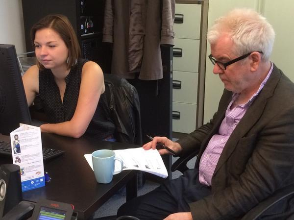 Preparing to start #askGeraldBarry with a mug of coffee, and Lucile at keyboard ... http://t.co/kmbWyVhjsr