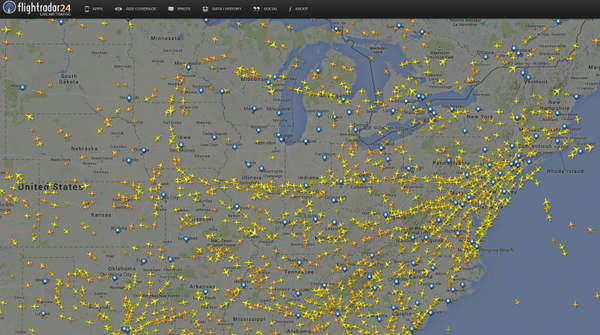 Still no air traffic above 10,000 feet in Chicago ATC. 240+ flights canceled to/from O'Hare & Midway airports. http://t.co/mzwk9f63Yg
