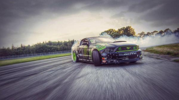 The @ford #mustang took over #Loheac #France! Check out the video: http://t.co/ugMJXiSgYY @FordRacing @MonsterEnergy http://t.co/SXDgUkm0Dd
